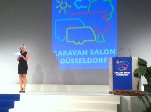 Erste Bilder von der CARAVAN-SALON, einschliesslich Eröffnung